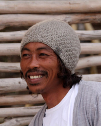 Man wearing KARO mud beanie