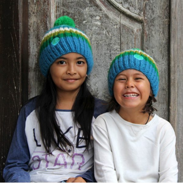 Kids wearing RAINBOW kids turkis beanie 2
